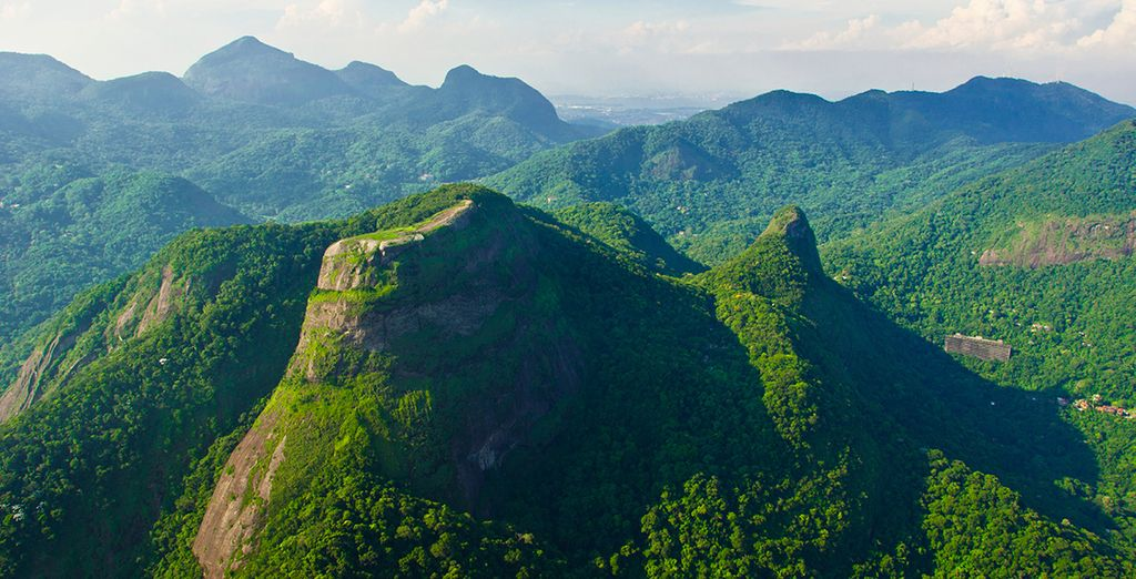 To the lush jungle of Tijuca National Park