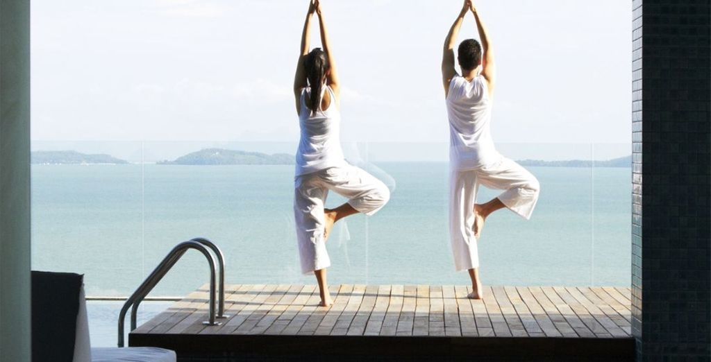 Take in the stunning views during your complimentary daily yoga class