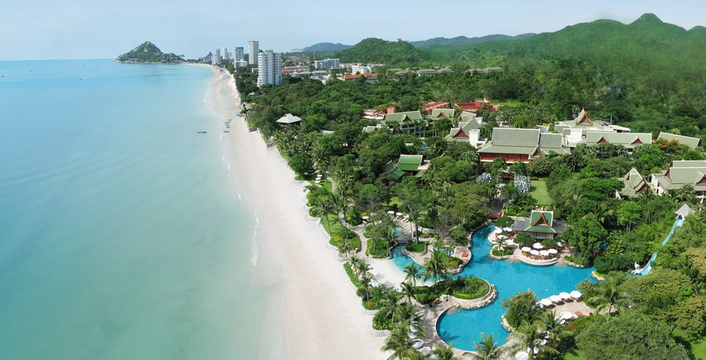 Finish your journey in the 5* Hyatt Regency in Hua Hin, right on the doorstep of the beach