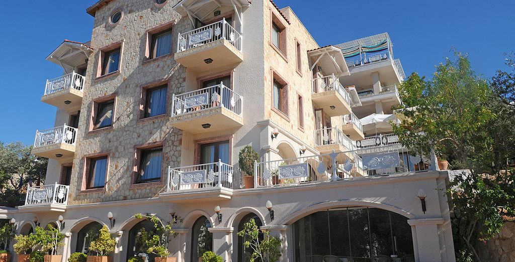 Opt for a  stay at the Oasis Hotel in Kalkan for 7 nights