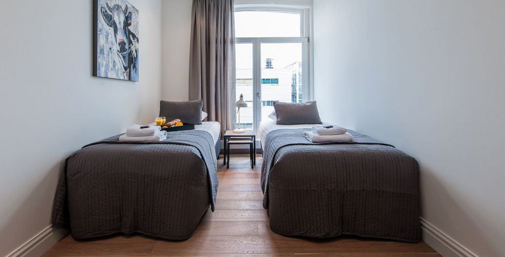 Apartment 4 : A light-filled twin bedroom