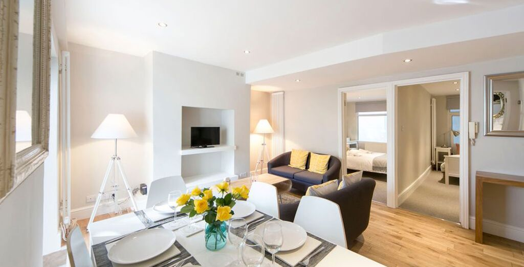 Apartment 2: The 2nd apartment is located in swish West Kensington