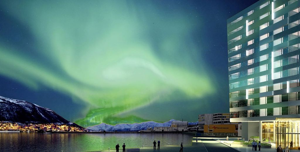 Stay in a stunning setting - Clarion Hotel The Edge 4* Tromso