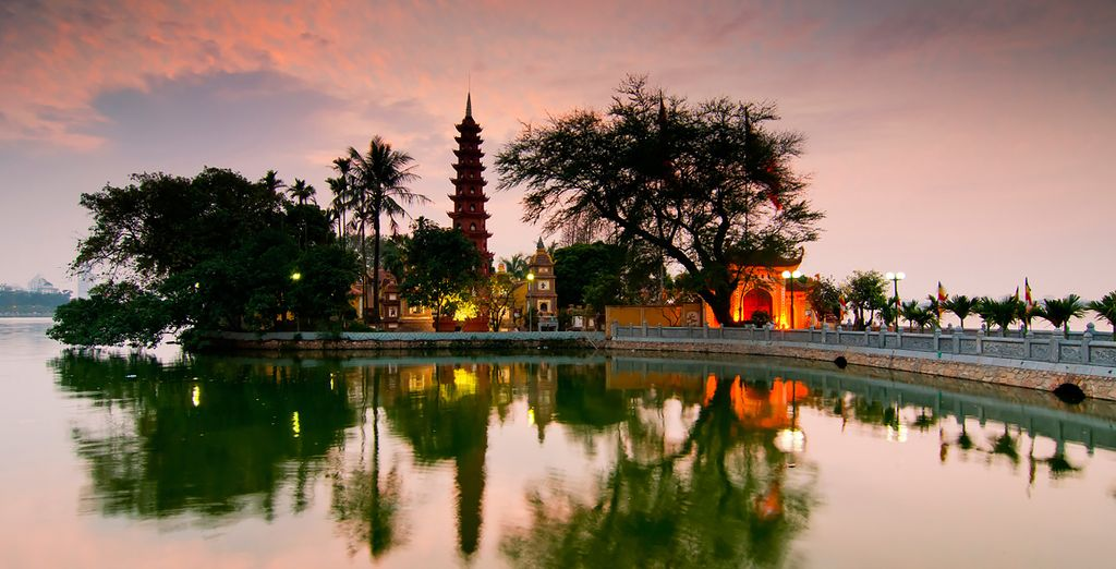 Feast your eyes on its beautiful pagodas