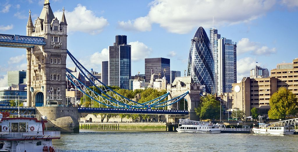 You will be located close to some of London's most striking landmarks