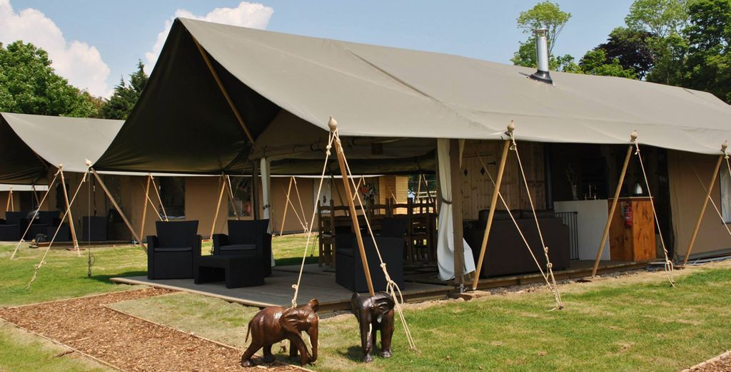 Bear Lodge (sleeps up to 6) at Port Lympne Reserve 4*