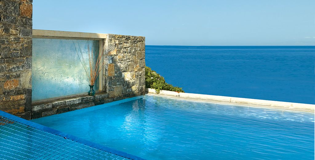 With your own private seawater pool