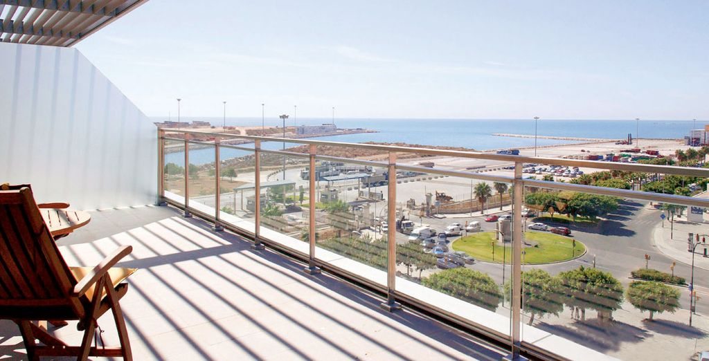 Hotel Ilunion Malaga 4* - city breaks malaga