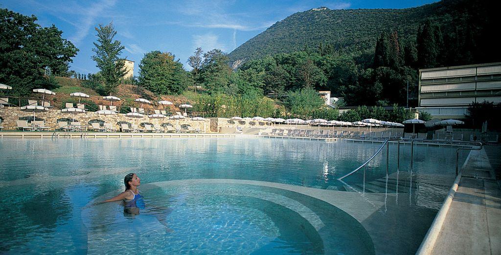 Nothing revitalises quite like this amazing Thermal Pool - Grotta Giusti Resort 4* Monsumanno Terme