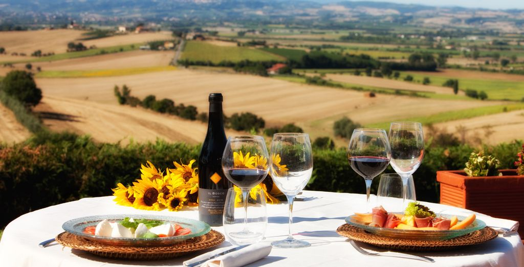 And make sure you indulge in the delicious Tuscan gastronomy