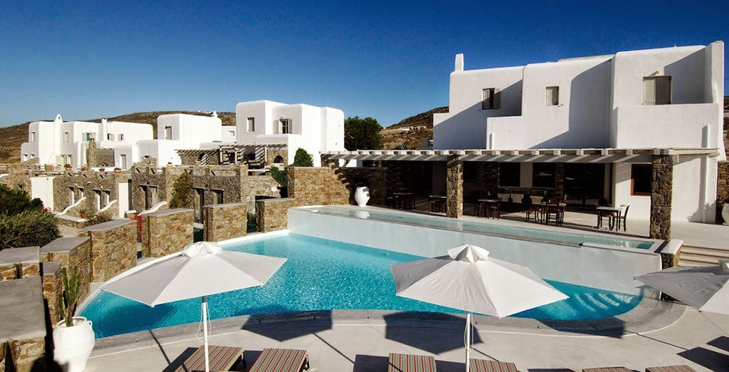 A small boutique hotel built in traditional style - Ftelia Bay 4* Mykonos