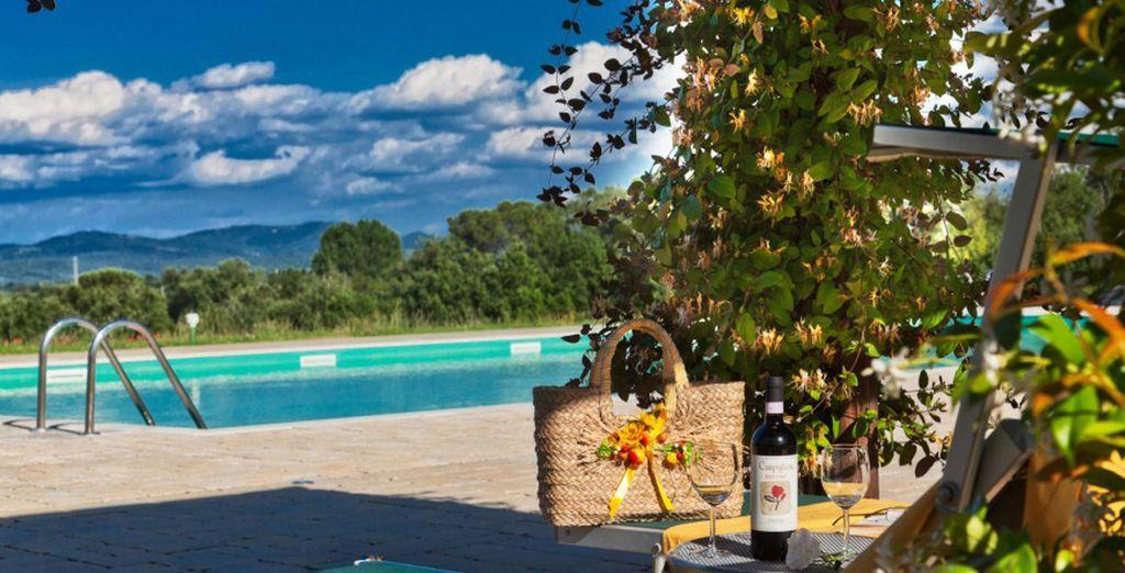 Sunbathe on the terrace by the pool
