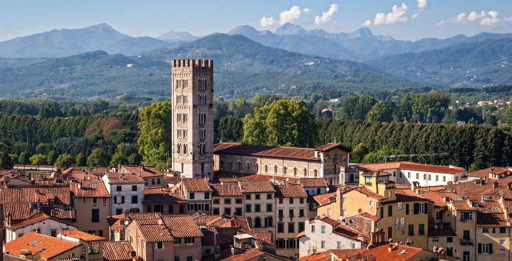 Roam the cobbled streets of hilltop Lucca