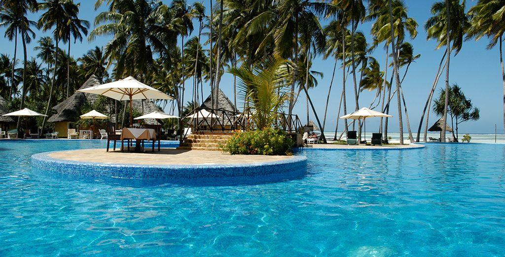 To the 5* Ocean Paradise Resort