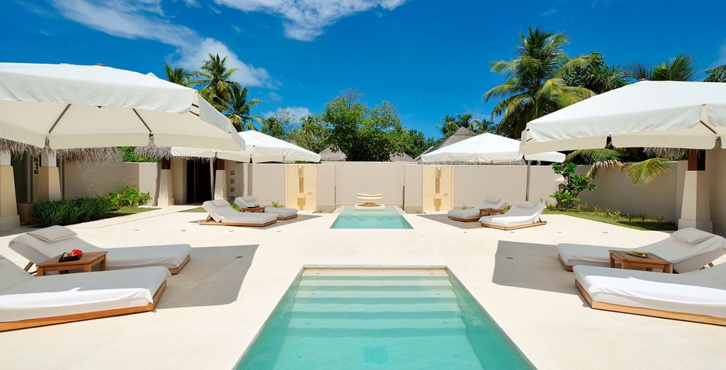 Or chill out in the blissfully relaxing spa lined with sun loungers