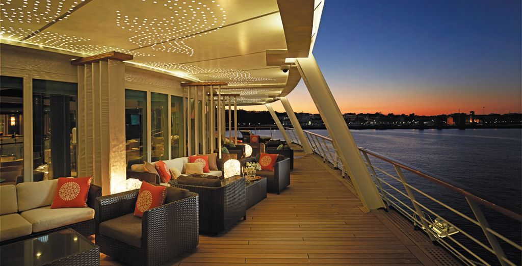 Set sail for the sun baked Mediterranean on board the 5* Seven Seas Voyager - Regent Seven Seas Voyager Rome