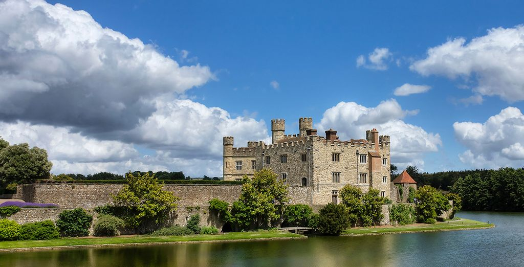 Attractions nearby include impressive Leeds castle