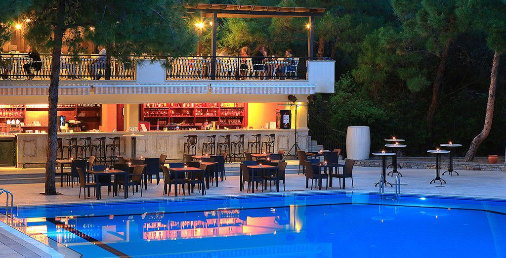 Or an aperitif by the pool