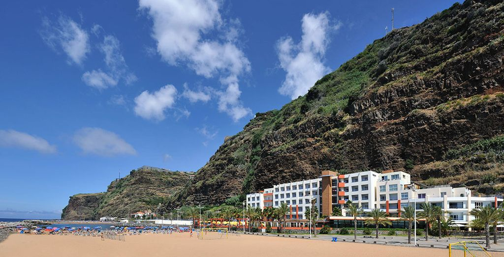 The Savoy Calheta Beach has a privileged location within Madeira in the southwest of the island