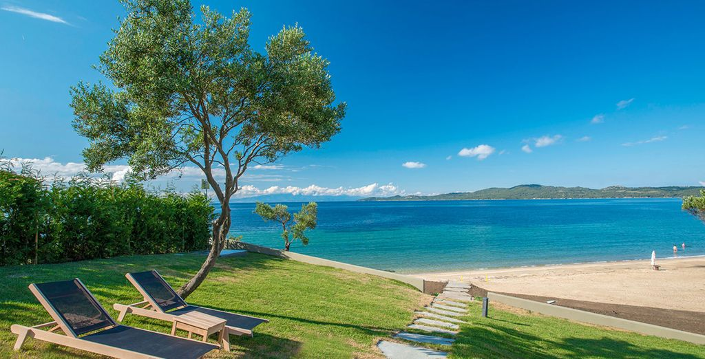 The Athos Peninsula where Halkidiki lies is a picture postcard setting