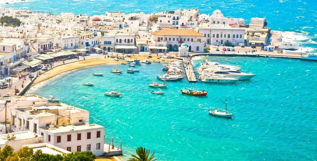 Explore the cosmopolitan island...