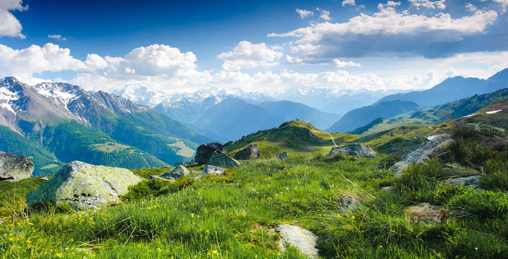 Finally, venture to the heart of the Southern Alps during the sunny days