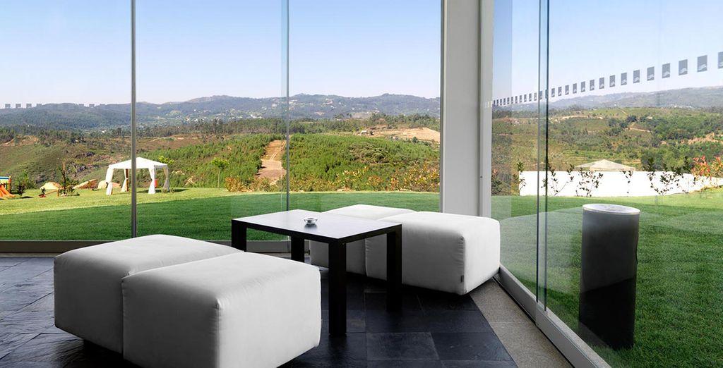 Where floor-to-wall windows beckon the gorgeous scenery in - Agua Hotels Mondim de Basto 4* Mondim de Basto