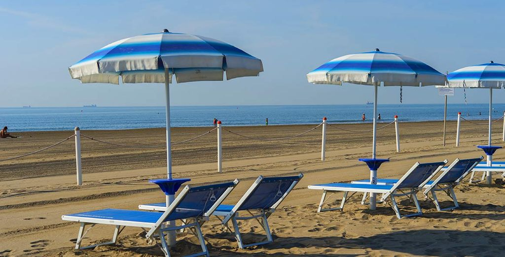 After sightseeing, enjoy sunbathing on the beach just 200 metres from your hotel