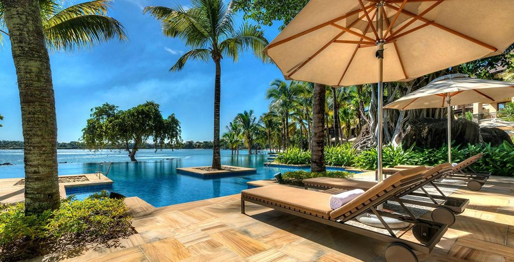 Doze on a sun lounger while looking out at the Indian Ocean - Westin Turtle Bay 5* Balaclava