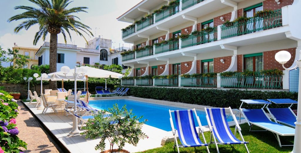 Welcome to the Hotel Eliseo Park 4 *