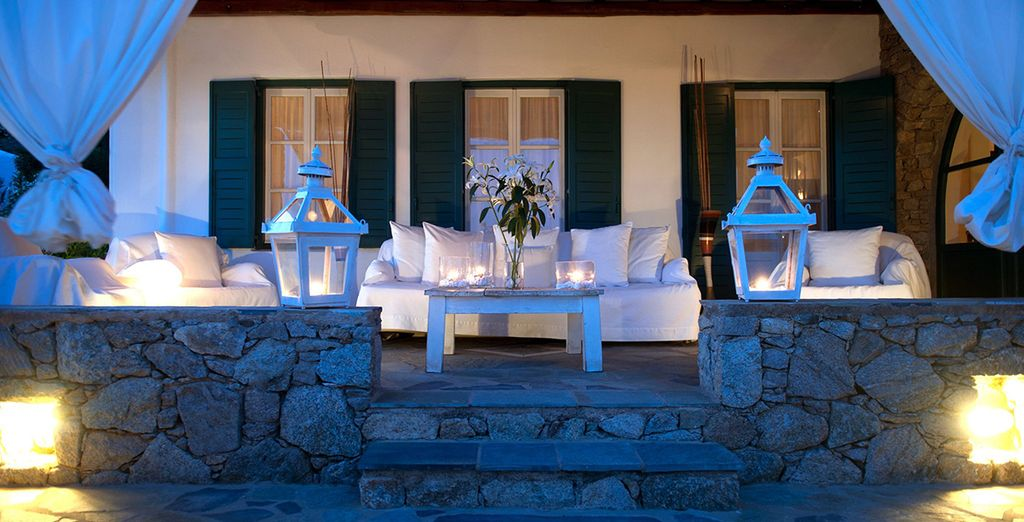 Welcome to the 4* Apollonia Mykonos