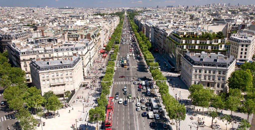 Located near the famous Champs Elysées