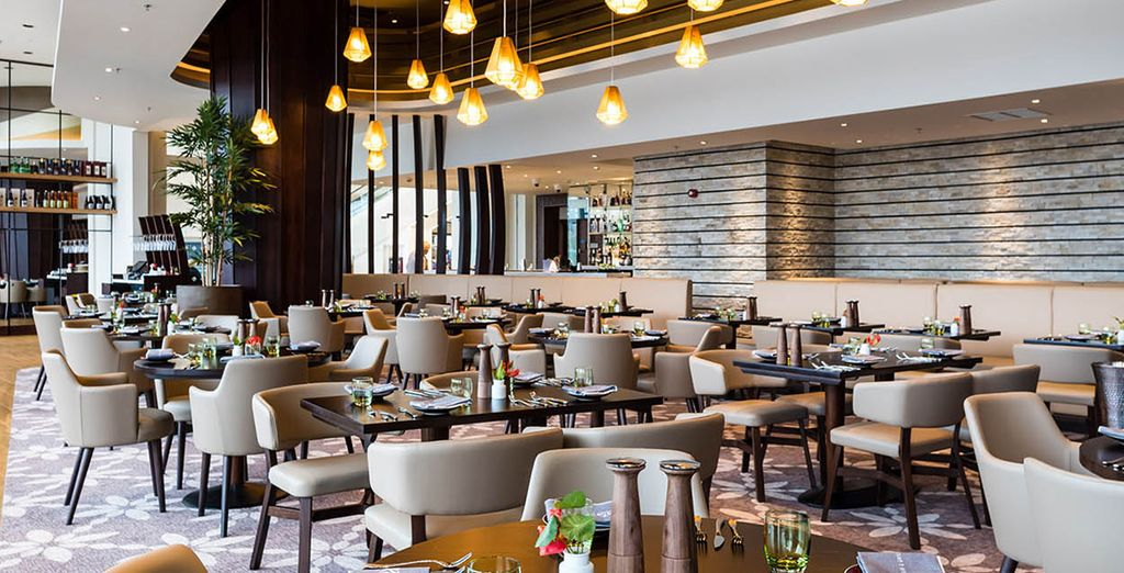 Experience a blend of European, Australasian and Pan-Asian cuisine