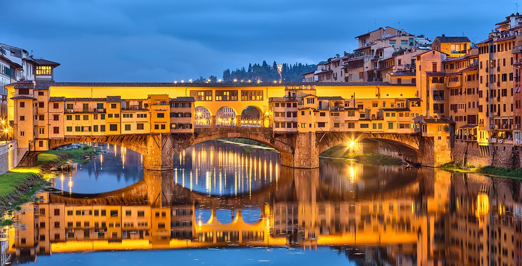 Ending with a sunset walk along the Ponte Vecchio...
