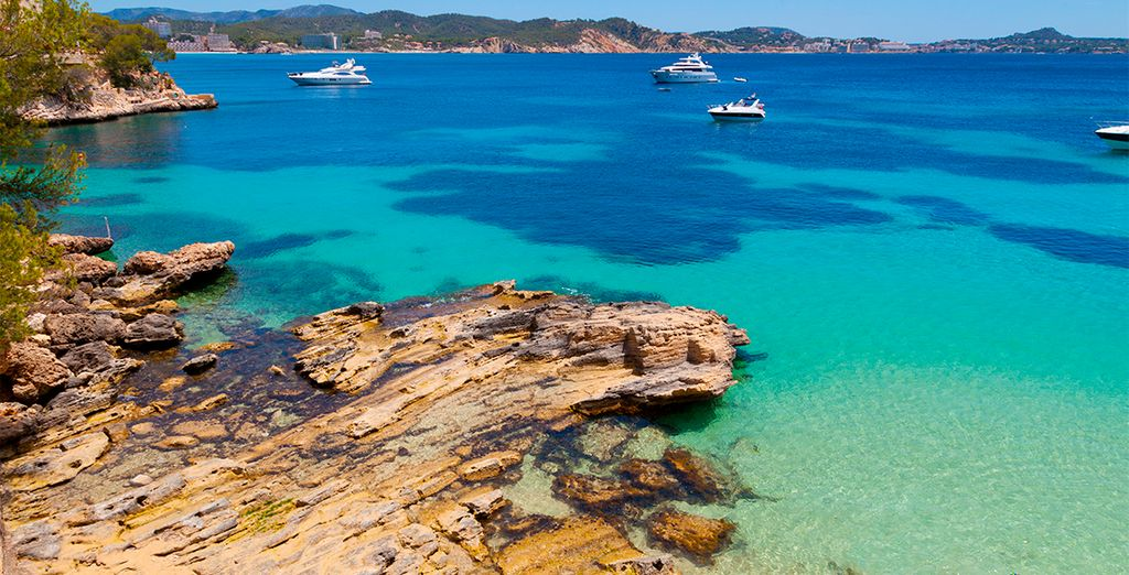 Let yourself be captivated by the beauty of the Balearic Islands - Blau Colonia Sant Jordi Resort & Spa 4* Palma de Mallorca