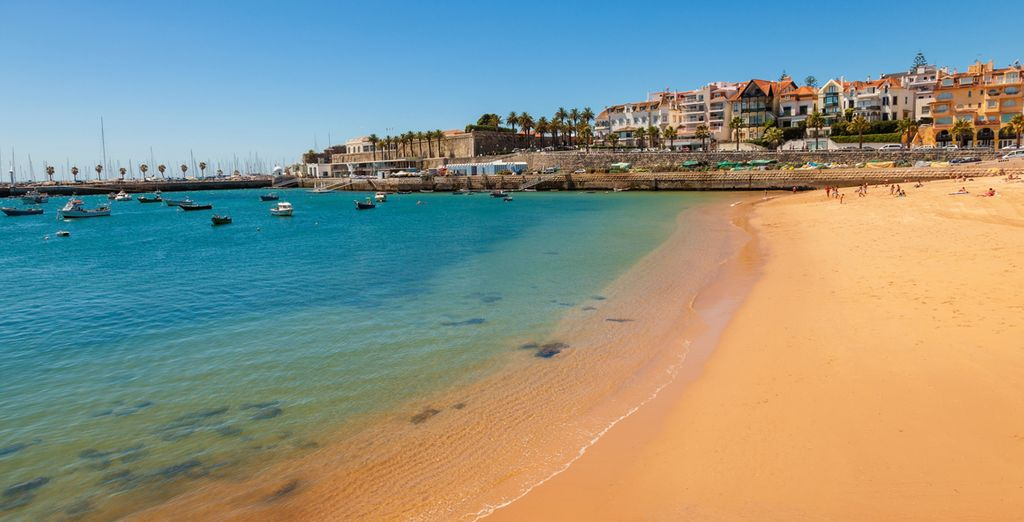 Before exploring the beauty of Cascais