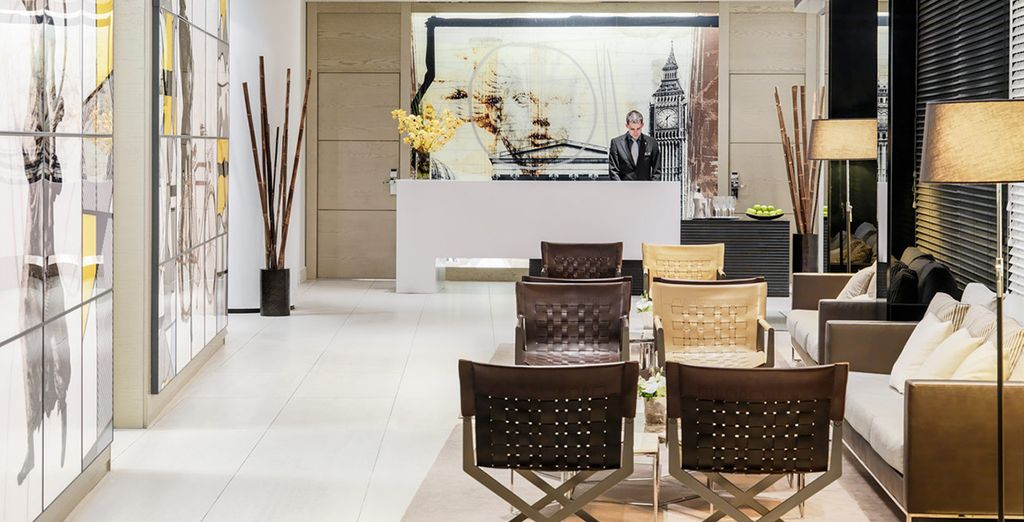 Meets eye-catching, vibrant design, in an ideal Central London location - H10 London Waterloo 4* London