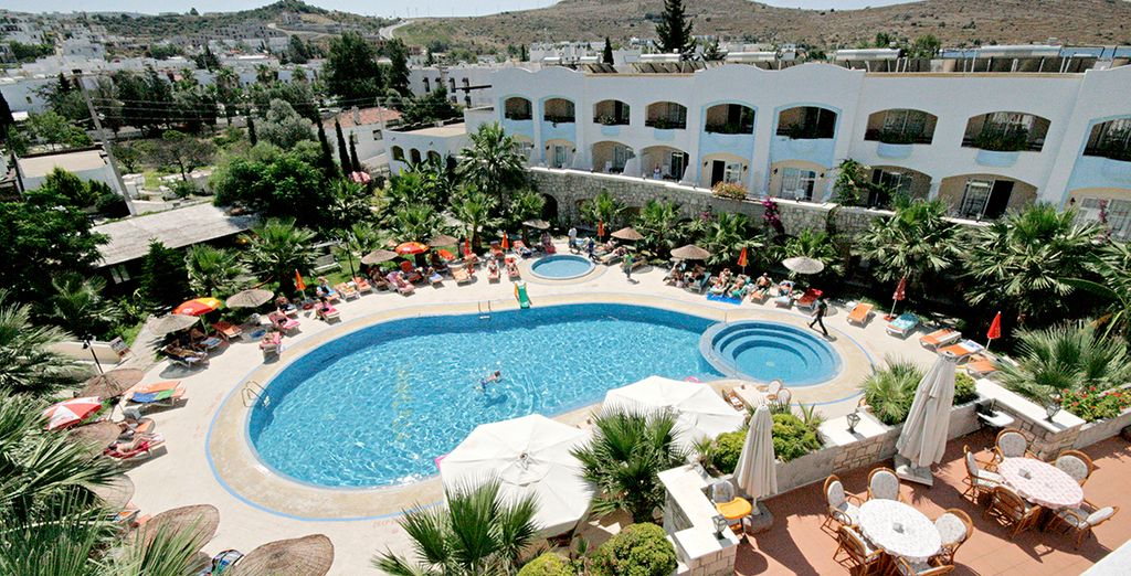 And book a stay at the 4* Parkim Ayaz