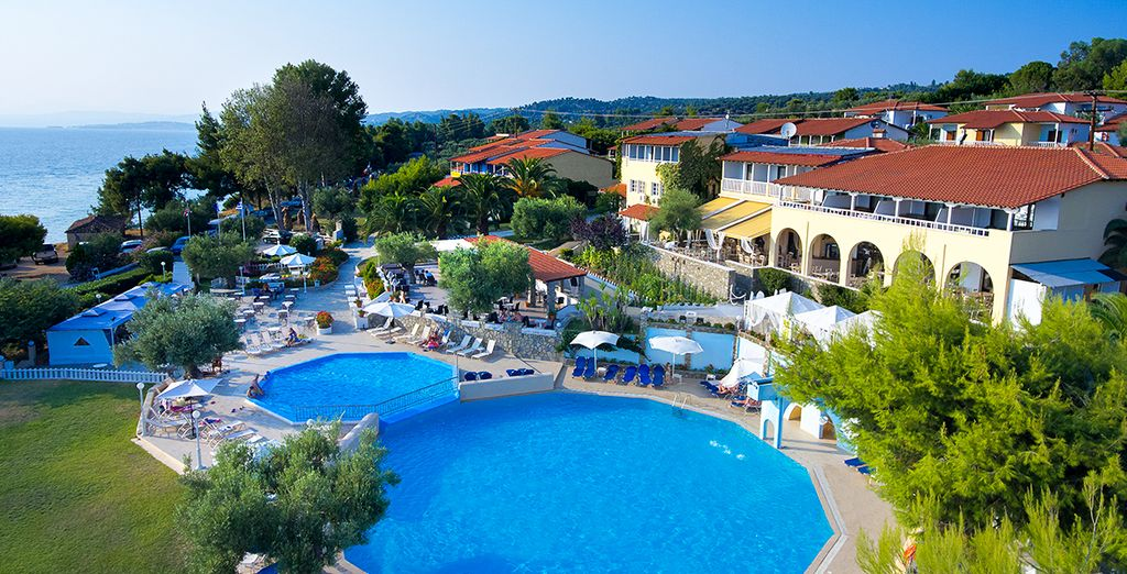 Welcome to Acrotel Elea Village