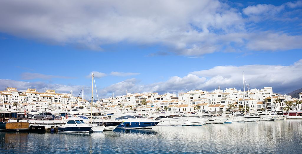 Take a relaxed stroll along the harbor and visit this beautiful city