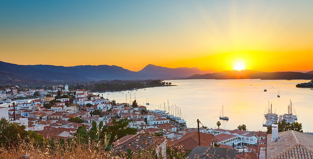 On the quiet Saronic Island of Poros - Xenia Poros Image Hotel 4* Poros