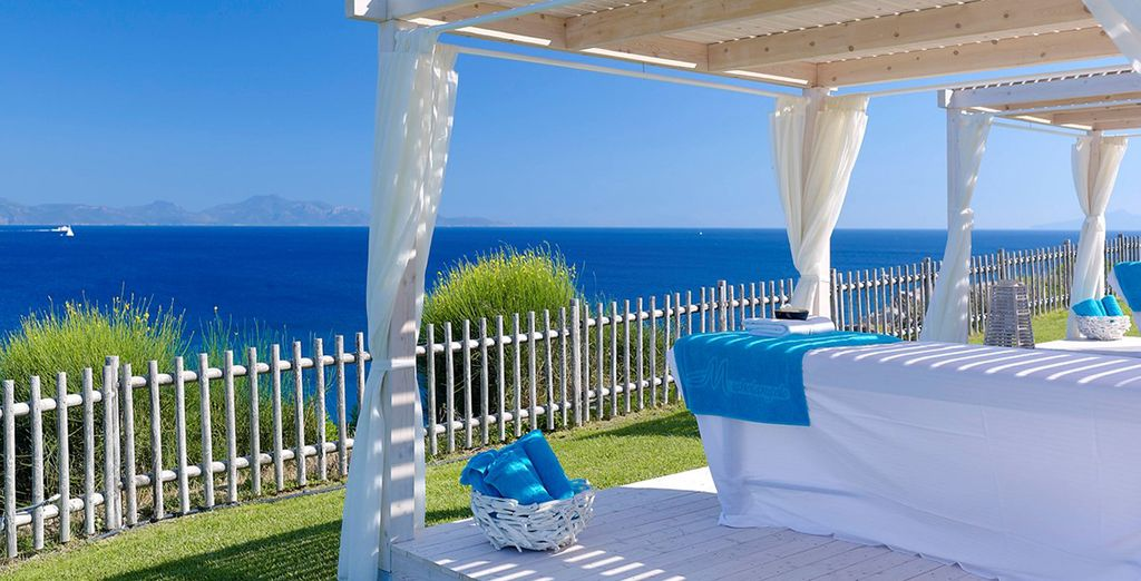 Receive a massage to the sounds of the ocean