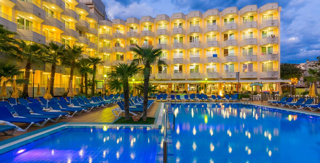 Enjoy the facilities of the hotel day and night