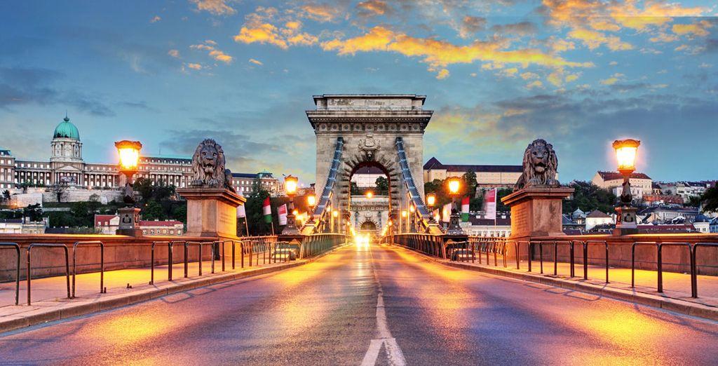 A fascinating city awaits!