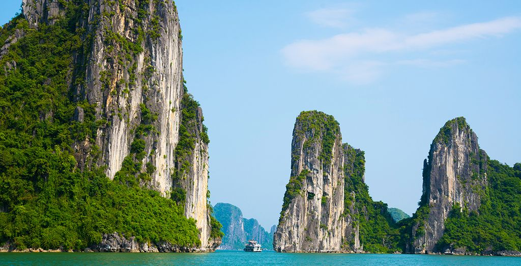Discover incredible, world-famous sights along the way