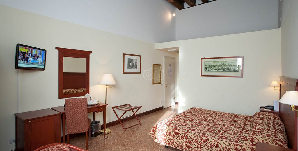 Sleep in a bright and spacious room