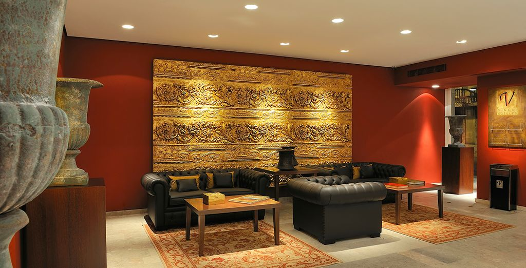 Admire its gilded interiors