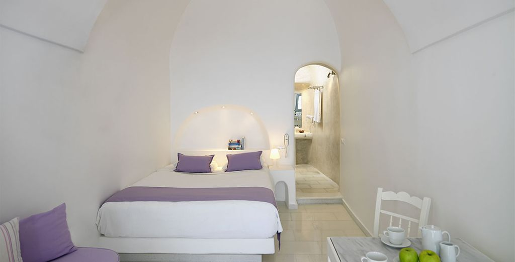Or choose Superior Room with Caldera View