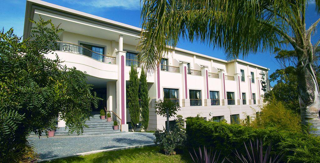 Welcome to the Quinta Das Vistas Palace Garden 5 *