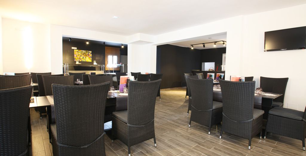 Soak up the refined atmosphere of the restaurant